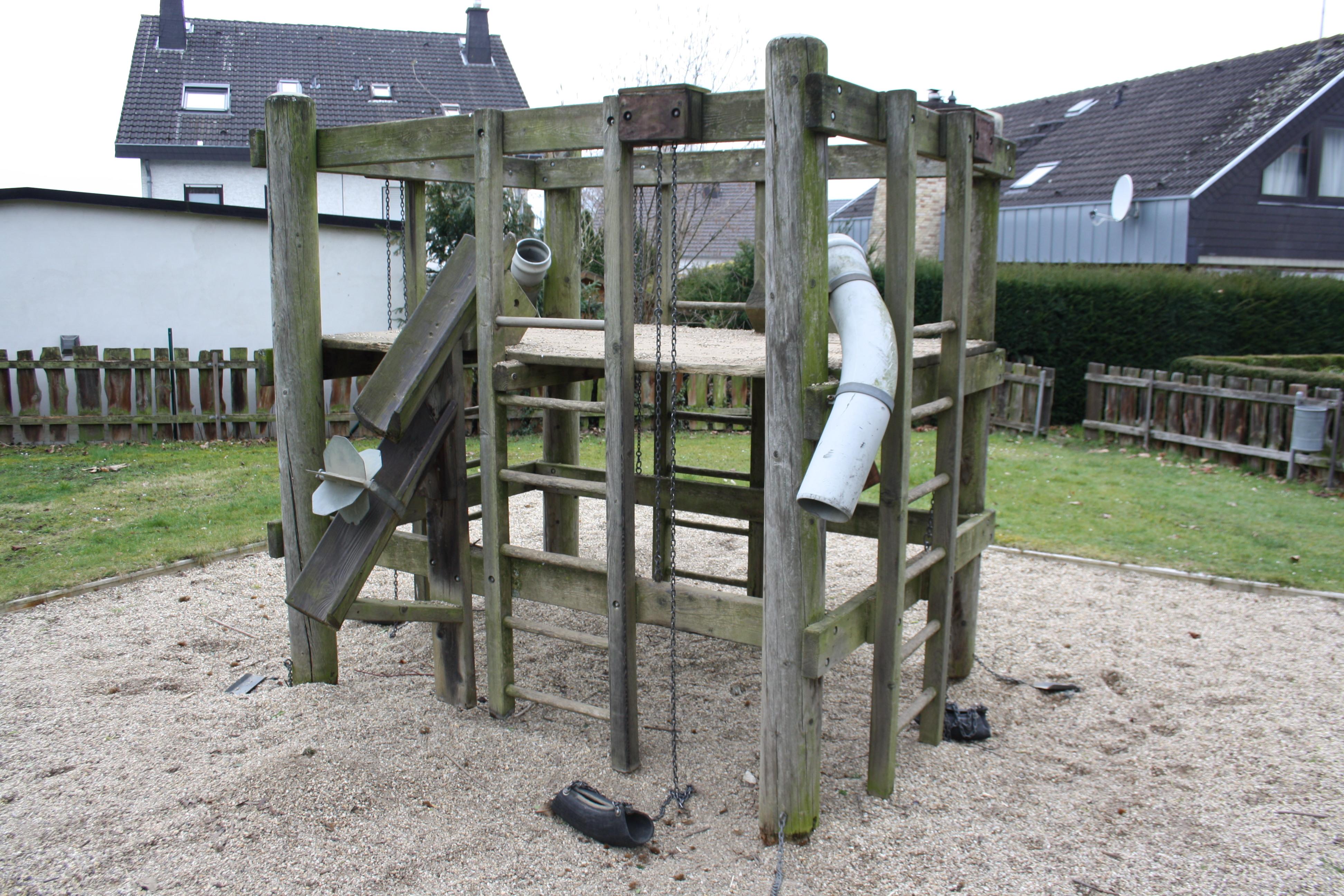 Klettergerüst Metall Spielplatz : Einen spielplatz im garten anlegen u ideen Überblick mamilade