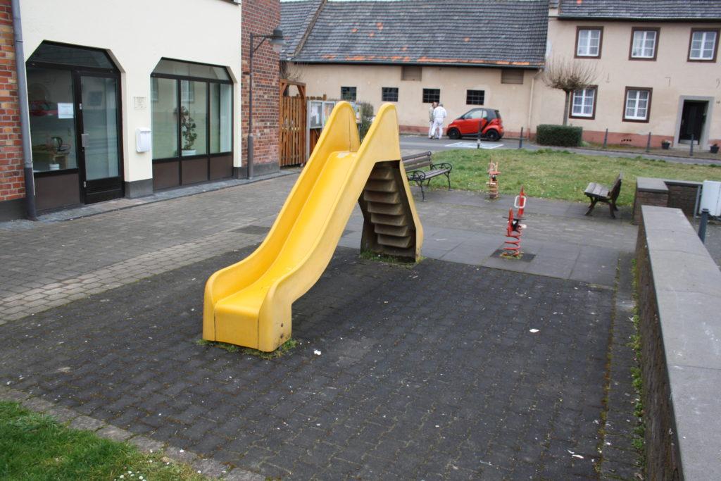 Spielplatz Buschhoven - Toniusplatz