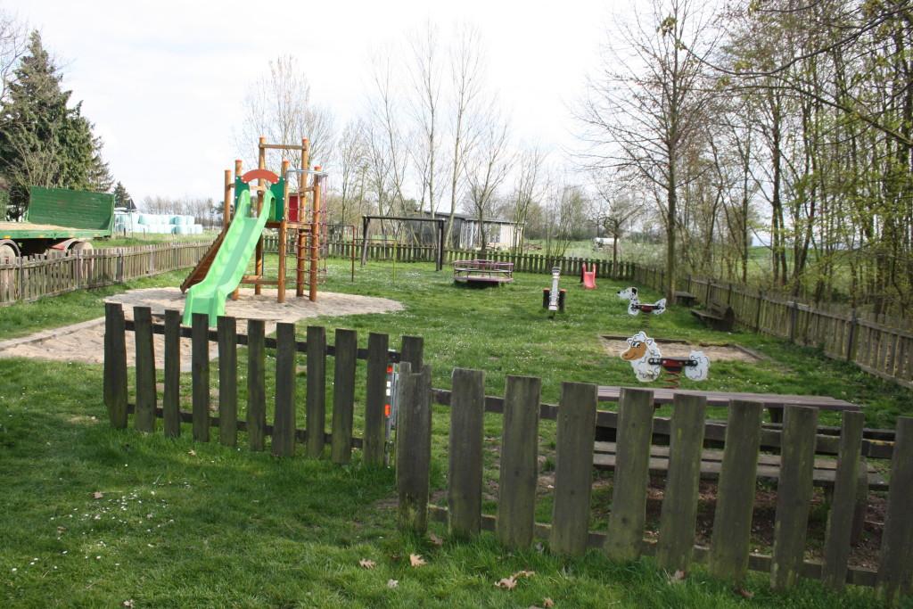 Spielplatz Straßfeld - Zur Heide