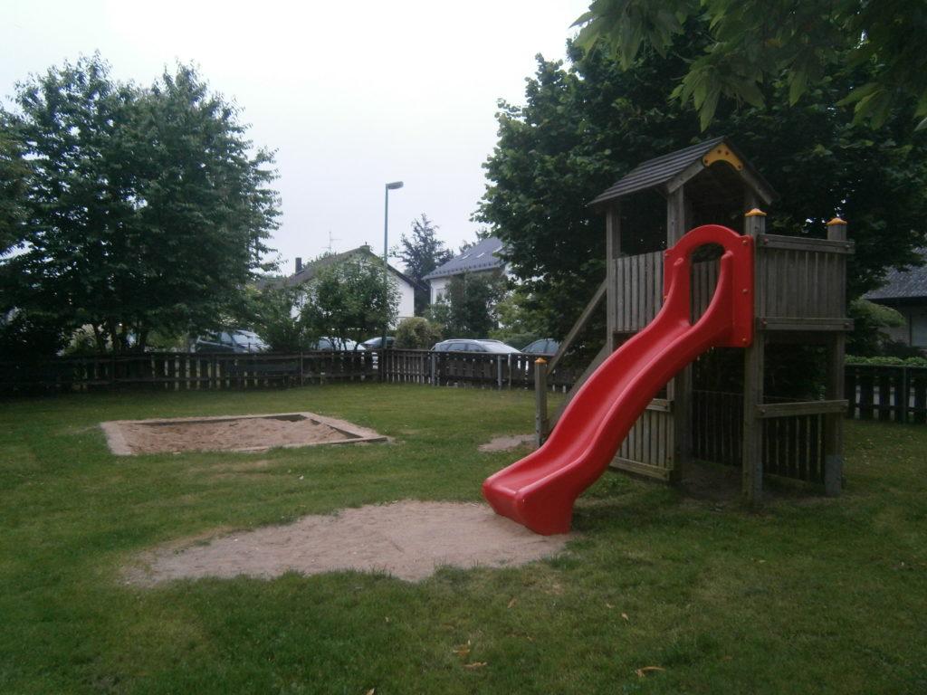 Spielplatz Heimerzheim Quellenstrasse